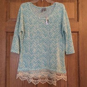NWT New Directions Blue Diamond Top XL
